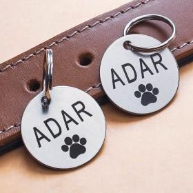 Ocelové známky pro psa s gravírováním jména a identifikačních údajů